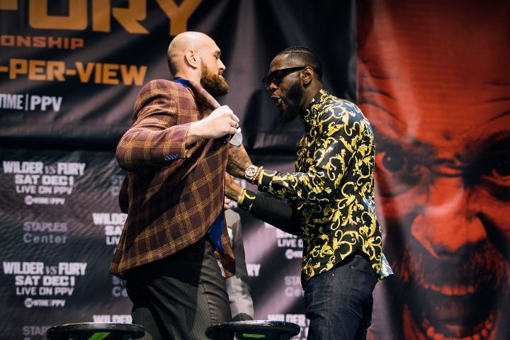 https://photo.boxingscene.com/uploads/wilder-fury%20(6)_2.jpg