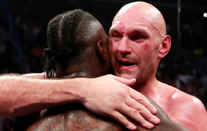 Tyson Fury and Deontay Wilder Battle to Draw in Instant Classic