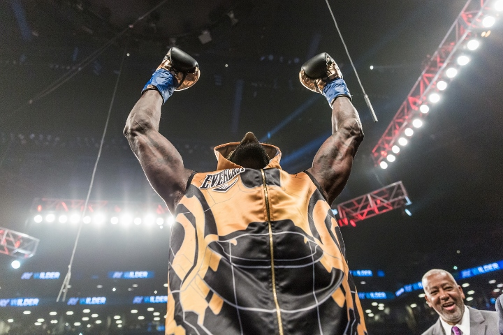 wilder-ortiz-fight (33)