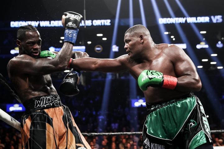 wilder-ortiz-fight (61)