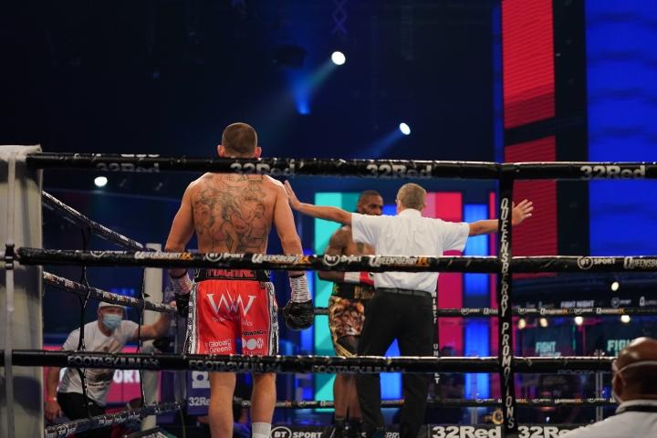 williams-robinson-fight (10)