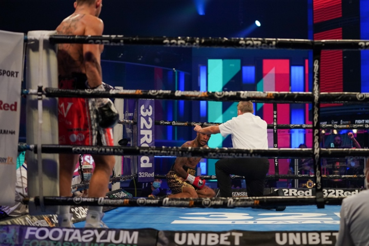 williams-robinson-fight (9)