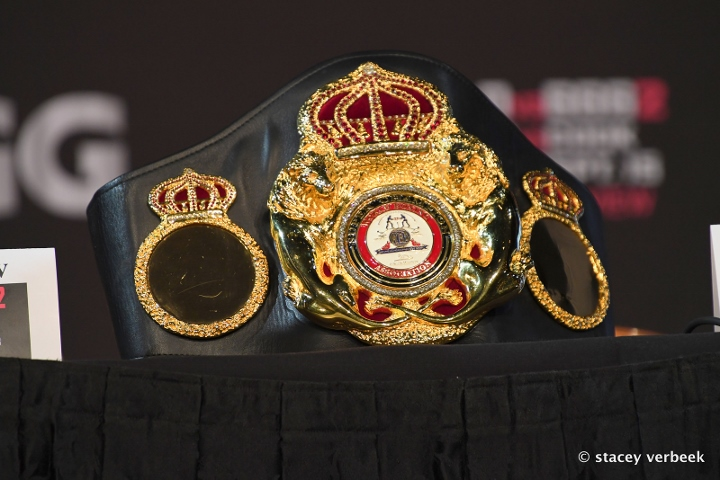 world-title (2)