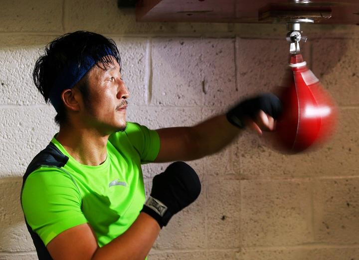 Photos: Zou Shiming Putting in Work at Mendez Gym in NYC ...